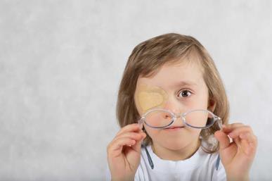云南能治疗斜视的眼科医院