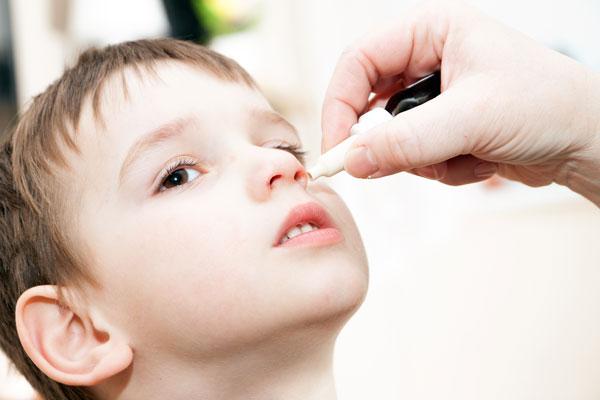 含类固醇的眼药水